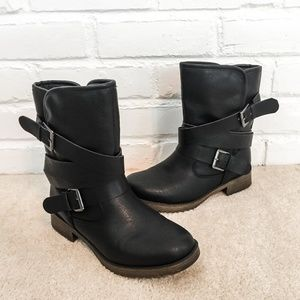 JustFab Black Fall Faux Leather Moto Boots Size 6